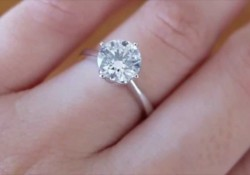 Look At Pauleen Luna's Big Diamond Engagement Ring From Vic Sotto