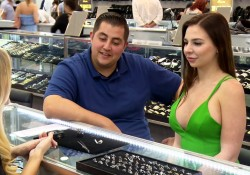 Jorge and Anfisa Go Ring Shopping | 90 Day Fiance